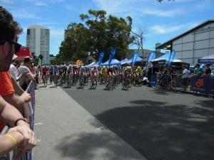 Start of the women's elite race, forty degrees plus